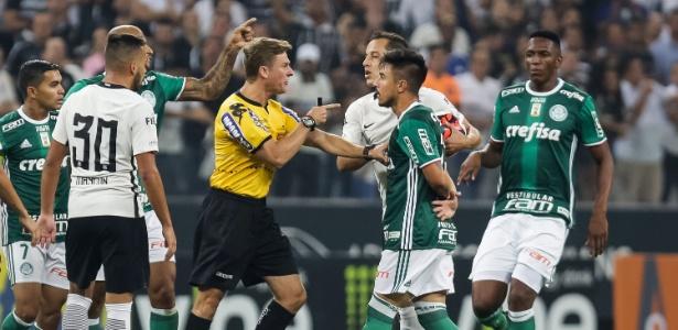 Arbitragem de Thiago Duarte Peixoto foi o principal assunto abordado no Palmeiras - RODRIGO GAZZANEL/FUTURA PRESS/FUTURA PRESS/ESTADÃO CONTEÚDO