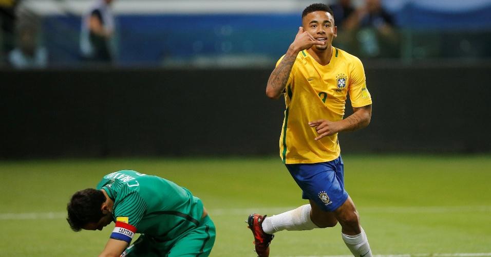 Gabriel Jesus comemora gol contra o Chile