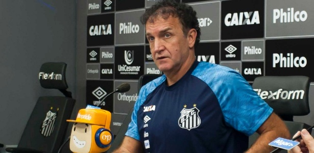 José Carlos Peres, presidente santista, disse que Bryan Ruiz joga fora de sua posição - Ivan Storti/Santos FC