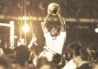 Santos homenageia Pelé por 78 anos: desafiou a física, contrariou a lógica - Reprodução