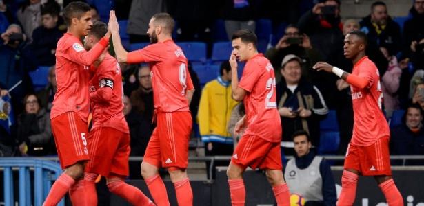 Jogadores do Real Madrid comemoram gol contra o Espanyol - JOSEP LAGO/AFP