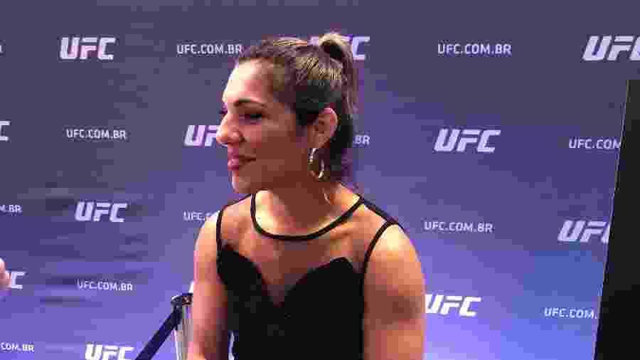 Lutadora brasileira Bethe Correia ficou 2kg acima do peso e será multada pelo UFC - Bruno Braz / UOL Esporte