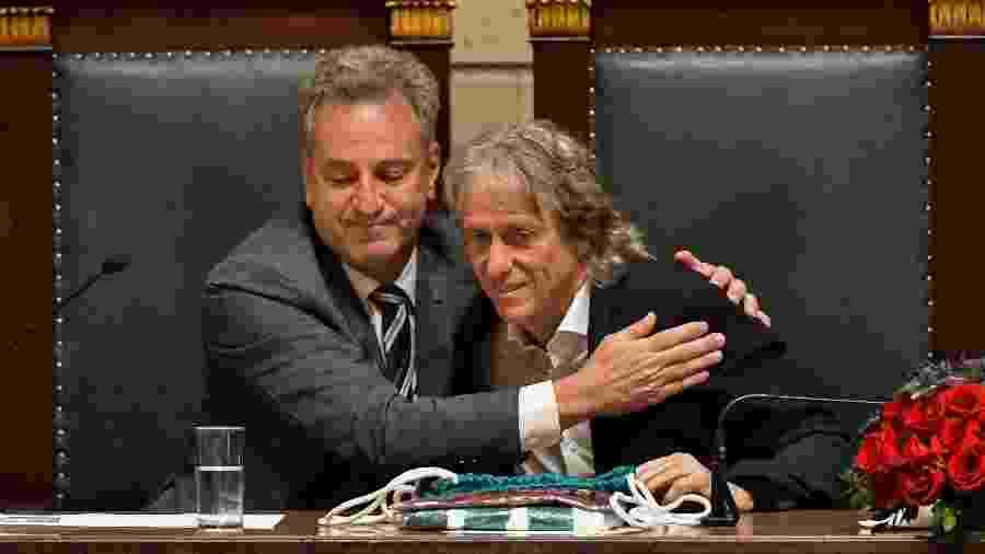 Jorge Jesus e o presidente do Flamengo, Rodolfo Landim, em cerimônia na Câmara Municipal do Rio de Janeiro - Thiago Ribeiro/AGIF