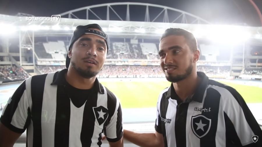 Rafael (dir) e Fábio (esq) foram revelados pelo Fluminense, mas nunca esconderam paixão pelo Botafogo - Reprodução Botafogo TV