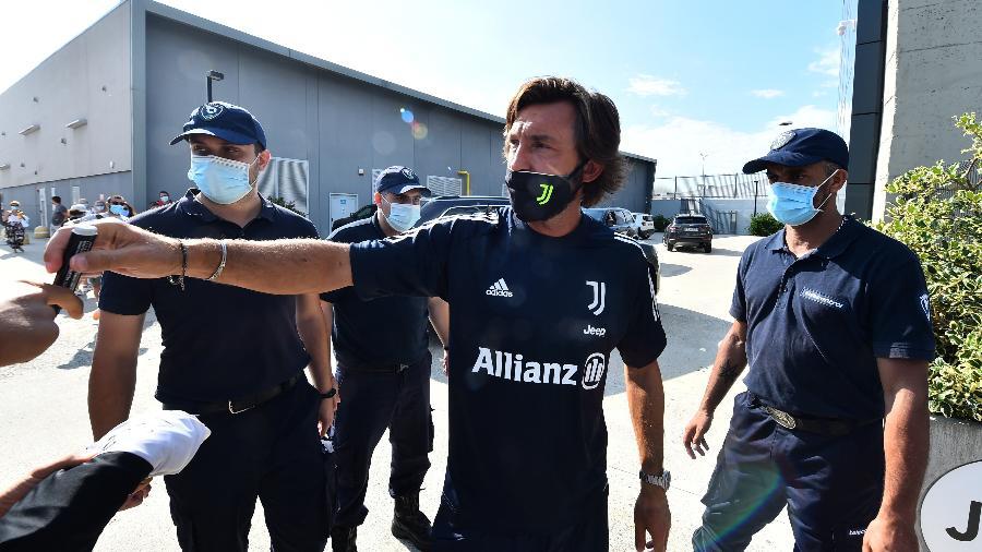 Andrea Pirlo, antes de seu primeiro treino na Juventus - REUTERS/Massimo Pinca