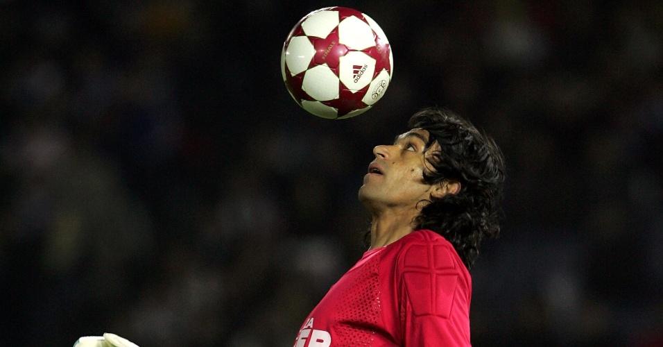 Henao, goleiro colombiano que foi do Santos