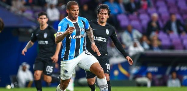 Jael, centroavante do Grêmio, deve renovar seu contrato por mais uma temporada