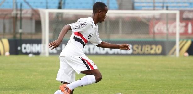O atacante Helinho, jogador das categorias de base do São Paulo - Igor Amorim/saopaulofc.net