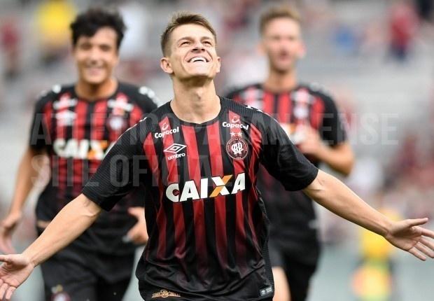 Atlético-PR goleia Rio Branco por 7 a 1