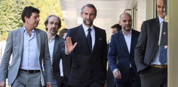 Dirigentes do PSG chegam à sede da Uefa