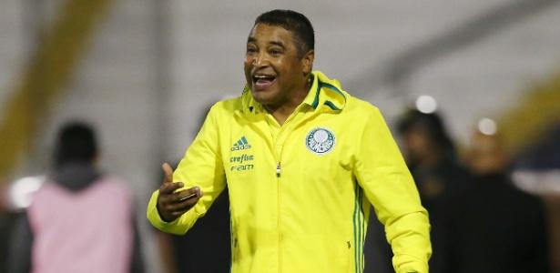 """Equipe de Roger Machado definiu """"intertemporada"""" durante da Copa do Mundo - Mariana Bazo/Reuters"""