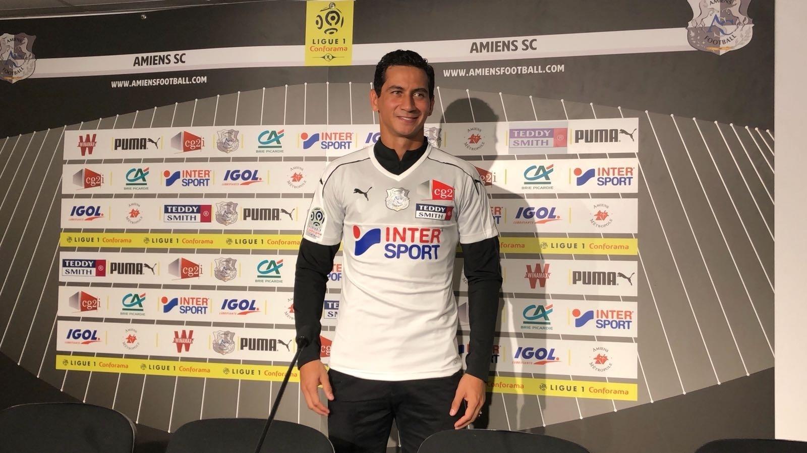 Ganso foi apresentado pelo Amiens