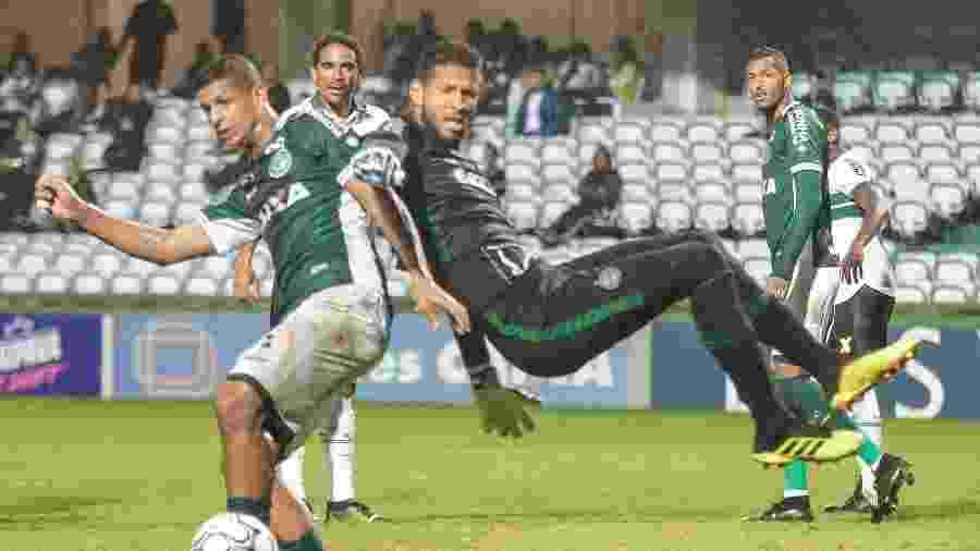 Lucão é o mais novo reforço do Fluminense. Ele foi vice artilheiro da Série B pelo Goiás - Gabriel Machado/AGIF