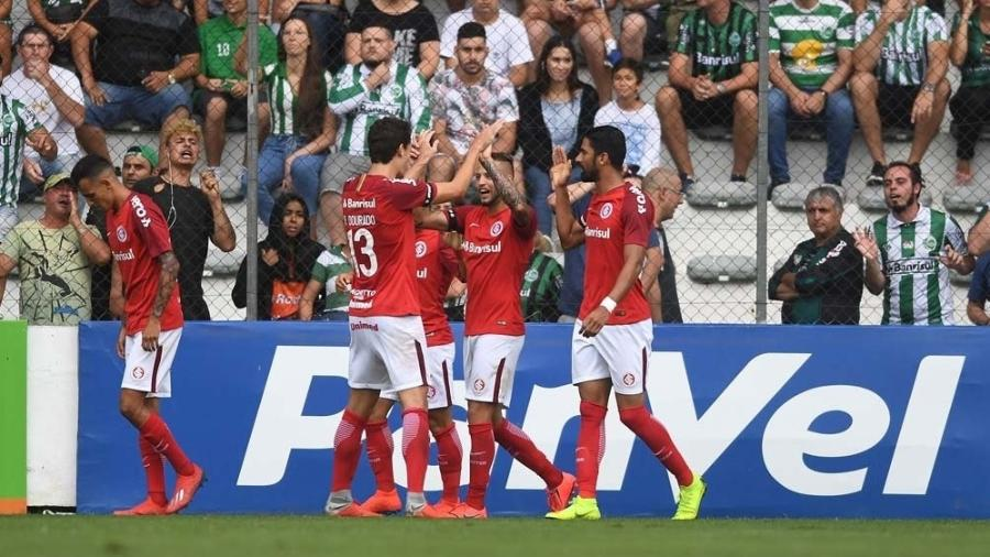 2bfa3afaa5e Inter vence Juventude em jogo com briga e expulsões e sobe no ...