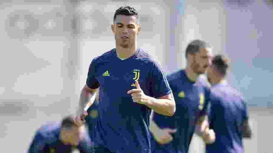 Cristiano Ronaldo participa de treino da Juventus - Daniele Badolato - Juventus FC/Juventus FC via Getty Images
