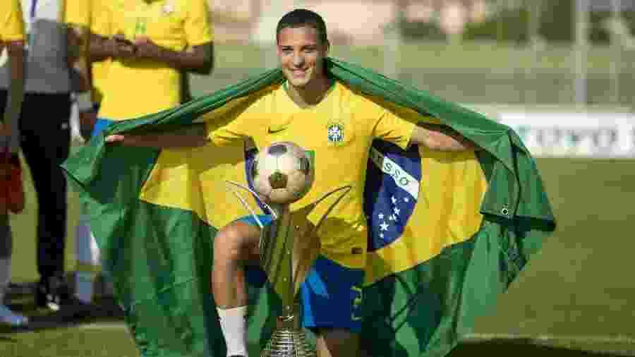 O garoto Antony, do São Paulo, participou do Torneio de Toulon com a seleção brasileira olímpica - Tim Clayton/Corbis via Getty Images