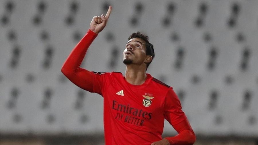 Zagueiro atualmente no Benfica foi convocado para defender a seleção brasileira nas Eliminatórias - REUTERS/Pedro Nunes