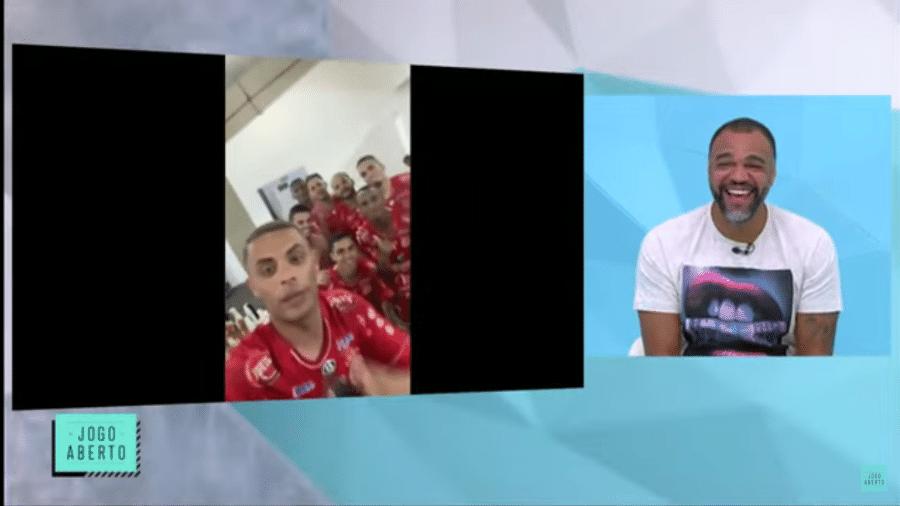 Jogadores do 4 de julho enviaram mensagens ao comentarista Denílson após a vitória do time piauiense sobre o São Paulo - Reprodução/TV Band
