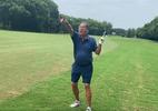 Galvão joga golfe com o filho em Orlando e se empolga com tacada: