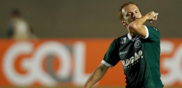 Atacante ex-Santos marcou dois gols em cinco jogos