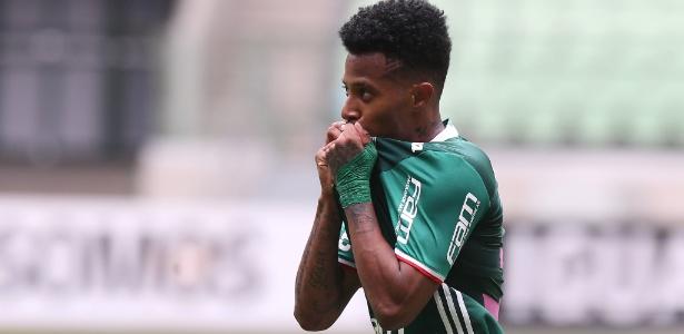Tchê Tchê está entre jogadores que mais atuaram pelo Palmeiras no Brasileiro