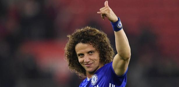 David Luiz tem dado segurança ao setor defensivo do Chelsea - Reuters / Toby Melville