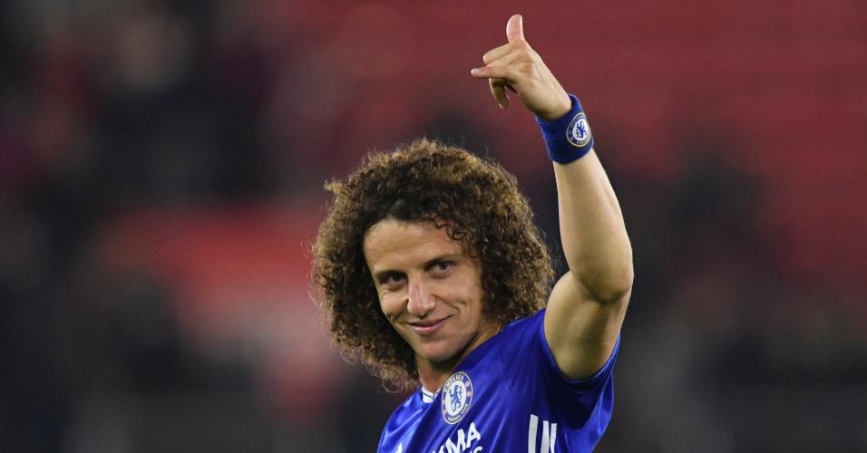 David Luiz tem dado segurança ao setor defensivo do Chelsea
