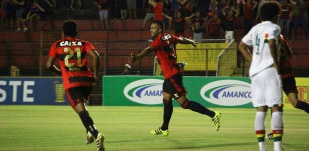 Ronaldo Alves comemora gol do Sport contra o Sampaio, logo aos 2min