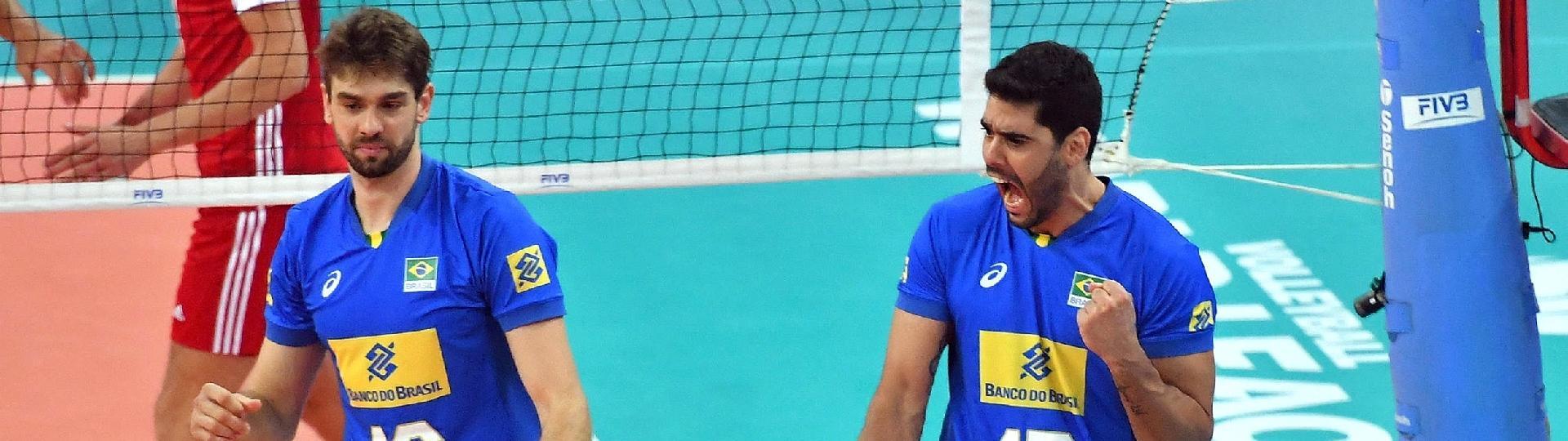Evandro Guerra comemora ponto conquistado pelo Brasil contra a Polônia, na Liga Mundial de Vôlei