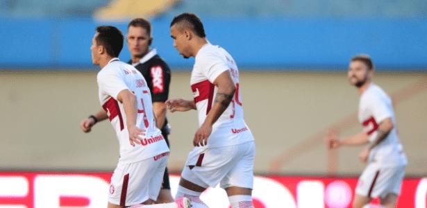 Pottker marcou um gol de honra para o Internacional contra o Vila Nova