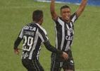 Erik faz golaço no fim, Botafogo supera chuva e vence Defensa y Justicia - Pilar Olivares/Reuters