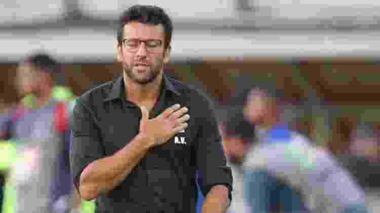 Técnico Alberto Valentim durante jogo do Vasco - Paulo Sérgio/Agência Futpress - Paulo Sérgio/Agência Futpress