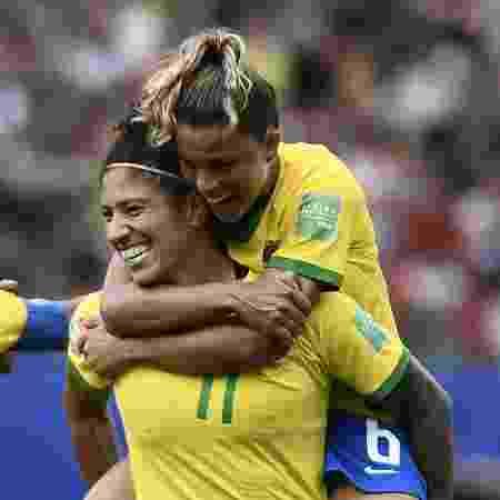 Cristiane comemora gol na estreia do Brasil na Copa do Mundo feminina - Jeff Pachoud/AFP
