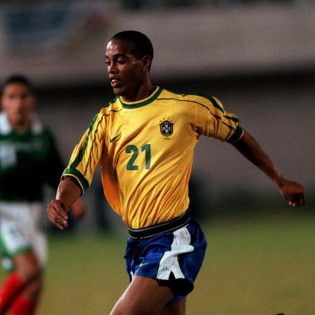 Ronaldinho Gaúcho na Copa América de 1999 - Matthew Ashton - EMPICS/PA Images via Getty Images