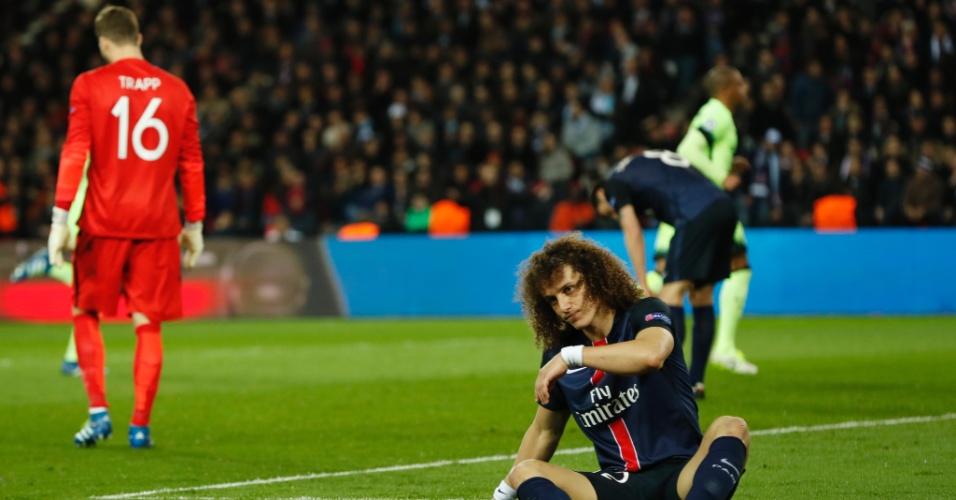David Luis fica caído após gol de De Bruyne para o City contra o PSG pela Liga dos Campeões