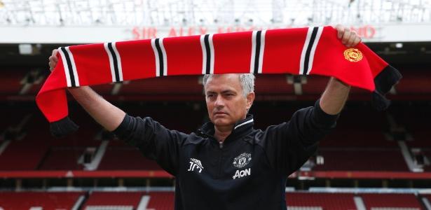 Apresentação do técnico português no United; destino poderia ter sido outro
