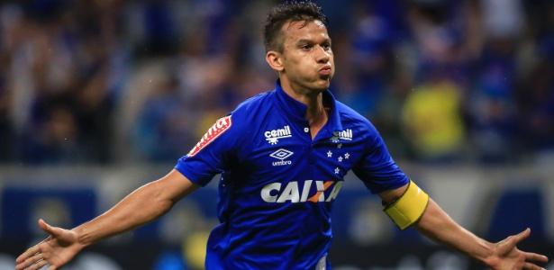 Títulos mineiros já foram quatro, mas nenhum como capitão do Cruzeiro