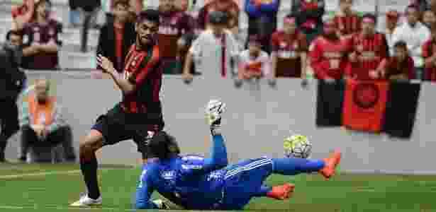 Luan em ação pelo Atlético-PR - Divulgação/Atlético-PR - Divulgação/Atlético-PR
