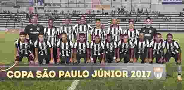 Botafogo marca no fim e escapa de derrota na estreia da Copa SP 2017 ... 8b61f3acf59c5