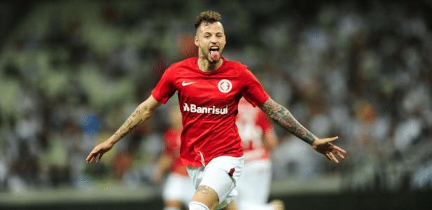 Nico López comemora após marcar para o Internacional contra o Ceará