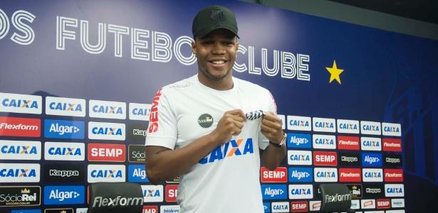 Volante Matheus Jesus ficará por empréstimo no Santos até o fim de 2018