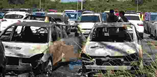 Incêndio em estacionamento da Arena do Grêmio - Jeremias Wernek/UOL