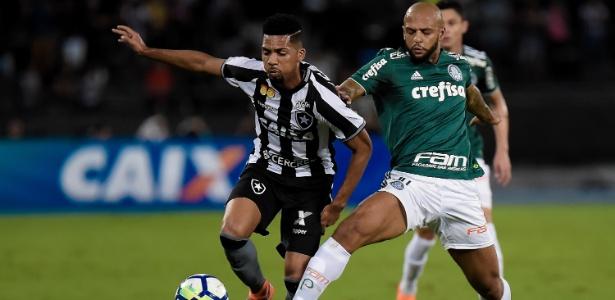 Felipe Melo será titular do Palmeiras contra o Boca Juniors