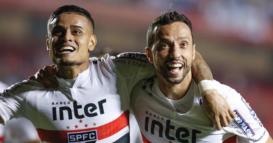 Campeonato Brasileiro | Com 2 gols de Nenê, São Paulo bate o Vitória por 3 a 0 no Morumbi