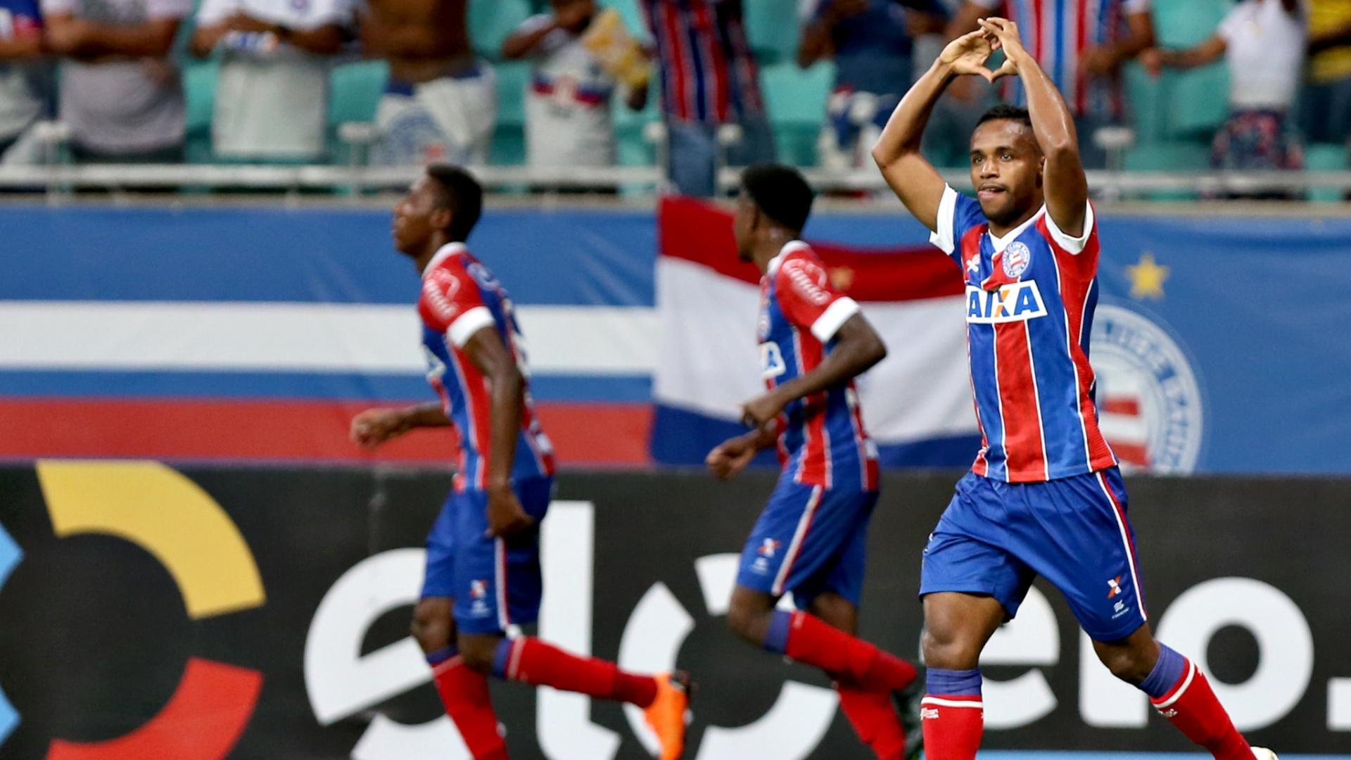 Elbér fez o gol da vitória do Bahia contra a Chapecoense