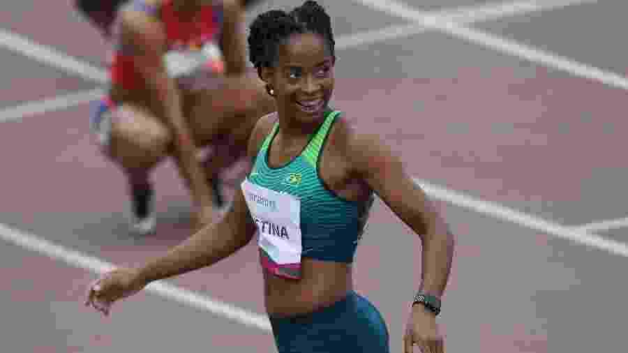 Vitória Rosa venceu sua semifinal dos 200 m no Pan de Lima - Pedro Pardo/ AFP