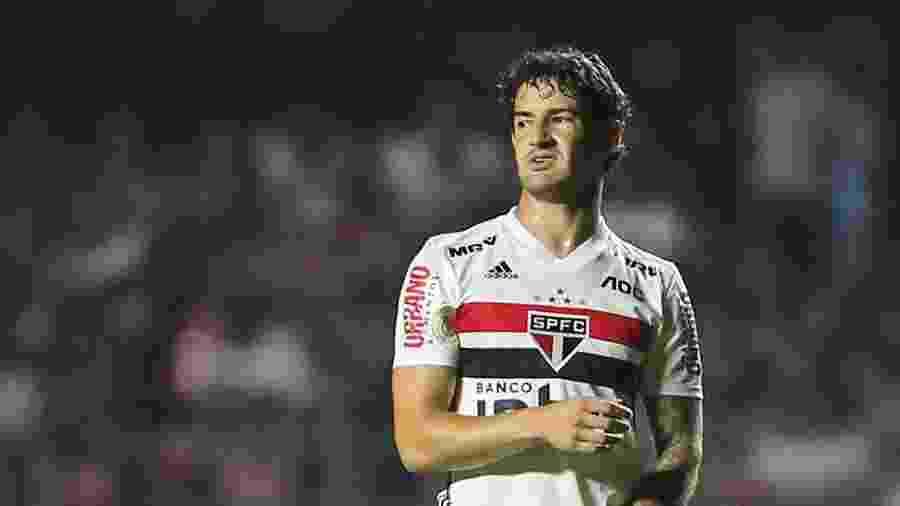 Alexandre Pato durante jogo do São Paulo - Marcello Zambrana/AGIF
