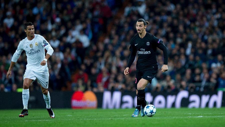 03.11.2015 - Ibrahimovic (pelo PSG) e Cristiano Ronaldo (pelo Real Madrid) se encontram em campo - Getty Images