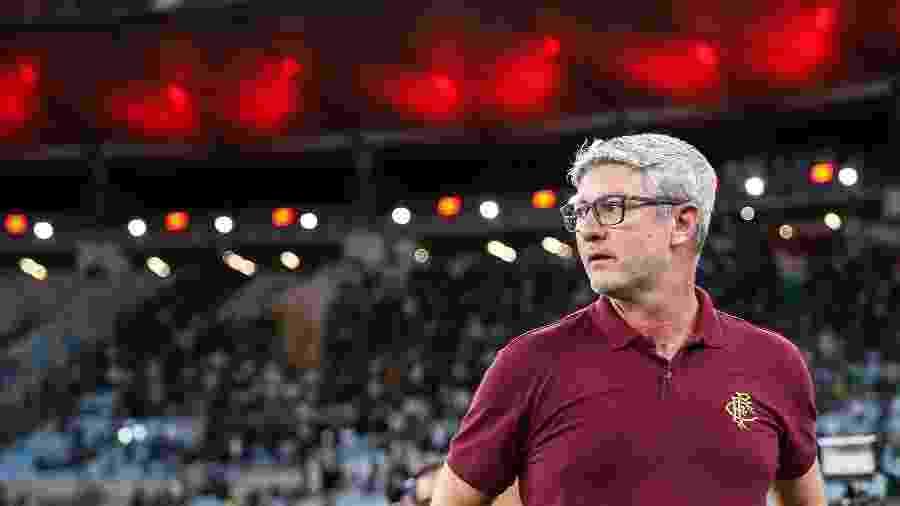 Odair estreia em clássicos como técnico do Flu: na época de jogador, não perdeu para o Fla - Lucas Merçon/Fluminense FC
