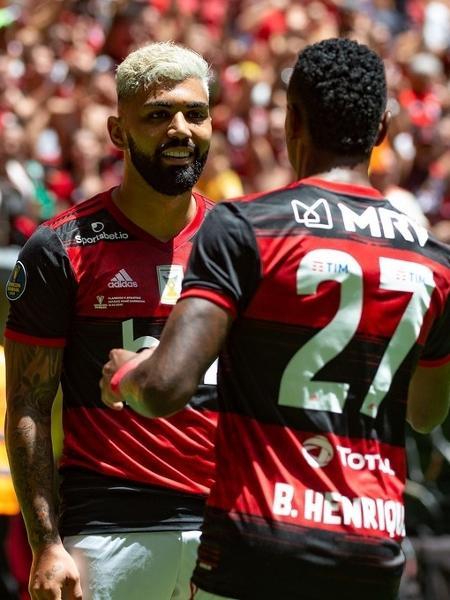 Arnaldo Ribeiro sugere seleção com time do Fla mais Casemiro e Neymar
